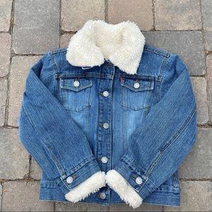 Levi's kid's sherpa lined trucker jacket with removable lining 7